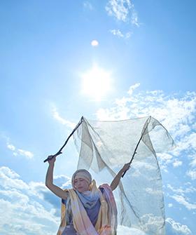 あそびからクリエイティブ JOMONファッション「縄文の衣」~喜びを伝える風と時間の祝祭~